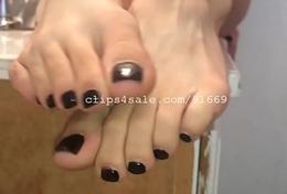 Centre Good-luck piece - Indica Feet Part5 Video1