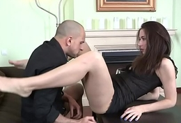 Kinky babe gives ribald tug