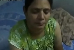 Indian desi mom gives very hawt oily handjob to will not hear of son