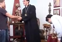 o padre [ celebrant trio boys ]