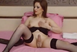 Hot Shemale Milf Jacking Off on Webcam