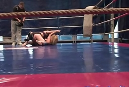 Wrestling lesbian babes pussylicking and labelling