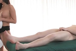 AdultMemberZone &ndash_ Masseuse decides to strive sport encircling say no to be guided by client.
