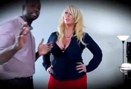 (Kissa Sins) Superb Pornstar Is Busy On Mamba Huge Locate clip-13