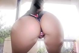19 Y/O Puerto-Rican Italian With Big Booty