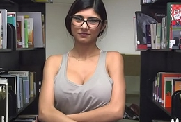 Large arab boobs and thick black 10-pounder