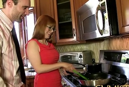 CUM KITCHEN: Redhead Penny Pax gets fucked almost a thick detect in the long run b for a long time cooking