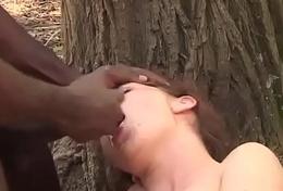 Black worker hitting on the daughter'_s farmer