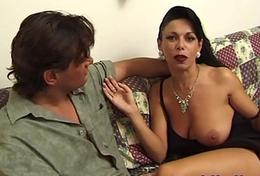 Eros Cristaldi intervista: Sonia Eyes