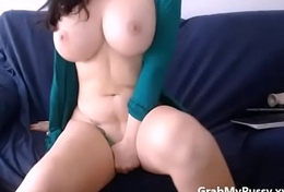 Big tit camgirl masturbate greater than cam